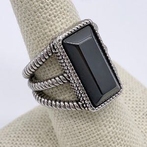 Lia Sophia Dark Gray Silver Ring Size 8
